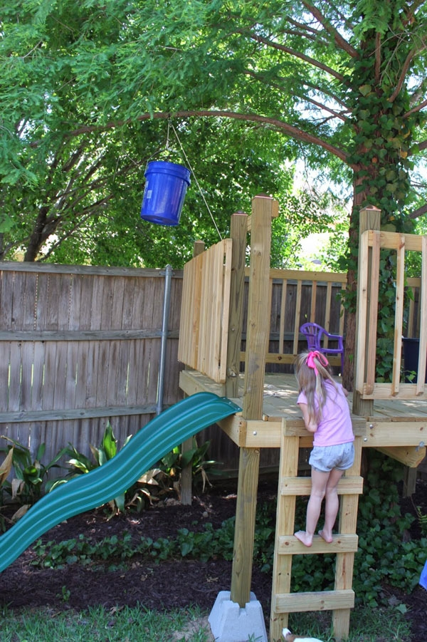 Easy kids tree houses Kids Play Do You Live In Town Or In Small Yard Surrounded By Trees It Doesnt Matter Where You Live Because Its So Easy To Build Tree House Even In Place Creative Child Magazine Build Tree House Creative Child