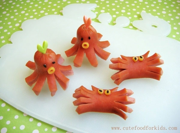 20 lunch box and snack ideas for kids creative child hot dog octopi this is definitely a creative way to make hot dogs look a little more exciting serve them over a sea of mac cheese forumfinder Images