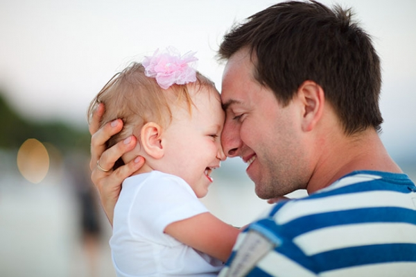 4 Things Every Father Should Be Doing for His Daughter | Creative ...