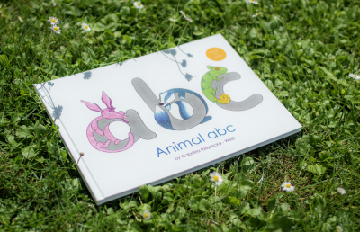 Books for Kids or Parents: Animal abc - book to look