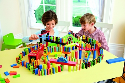 Classic 255-Piece Domino Race Set with 24-Piece Add-On Set