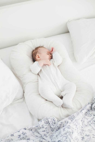 Snuggle Me Organic | Simply Mommy LLC