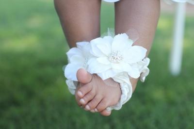 Angel Eyes-White Tulle Flower