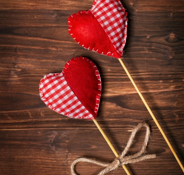20 Valentine's Day Crafts and Activities