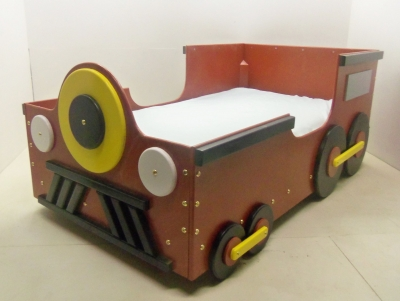 Train toddle bed
